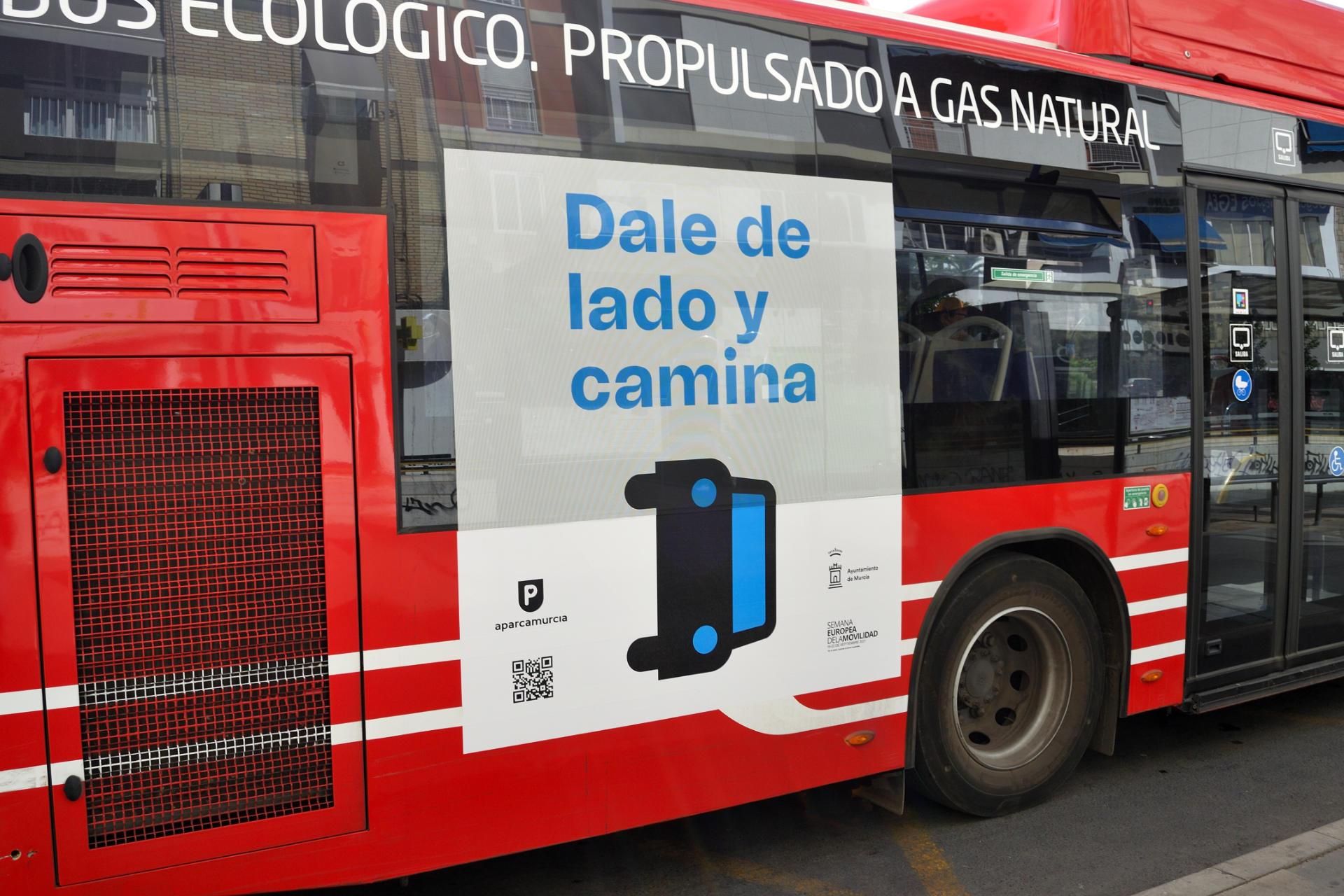 Campaña Aparcamurcia 2021 en bus